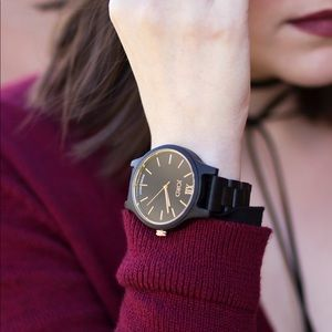 BRAND NEW Unisex Watch -bundle 2 items for 20% OFF